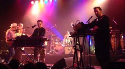 Vídeo de Hot Chip versionando (en plan electropop) a Bruce Springsteen: Dancing in the Dark