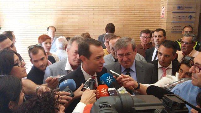 El candidato del PSOE a la Alcaldía de Almería, Juan Carlos Pérez Navas