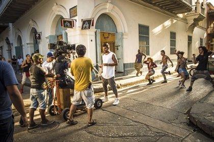 Ricky Martin estrena el videoclip de La mordidita, con el cubano Yotuel