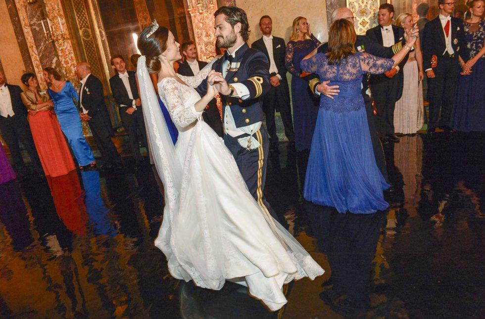 El vals de Sofía y Carlos Felipe de Suecia