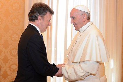 Santos se reúne este lunes con el Papa Francisco