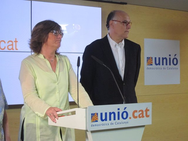 La exconsellera y presidenta de la comisión de control, Pilar Fernández