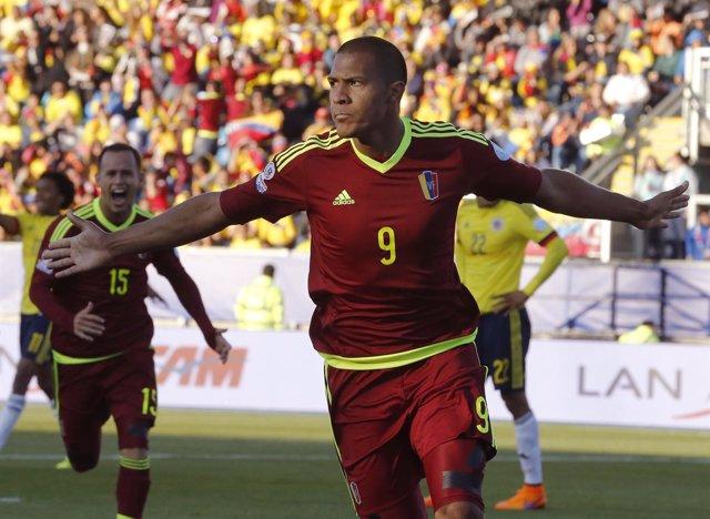 Colombia no puede con Venezuela en su debut en la Copa América