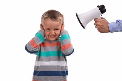 Por qué gritar a los niños no es la manera de educar