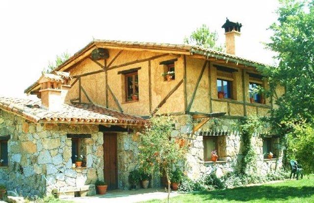 Navarra, Asturias y Galicia, las mejor valoradas por los turistas rurales