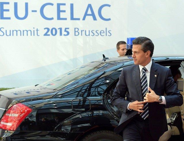 El presidente de México, Enrique Peña Nieto, llega a la cumbre UE-CELAC