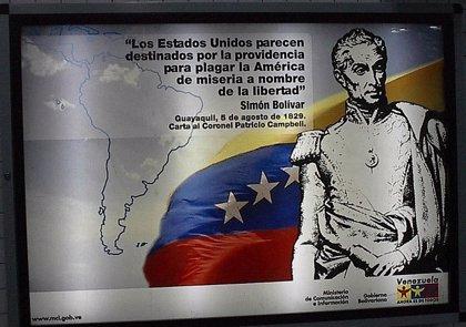 """Edwards: """"Bolívar fue un libertador heróico pero un iluso político"""""""