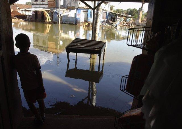 Inundaciones río Paraná en Paraguay