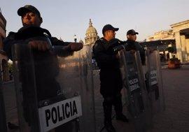 Al menos siete muertos en un ataque contra un convoy de la Policía estatal en México