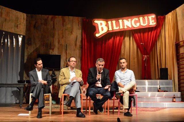 Presentación de la obra 'Bilingüe'