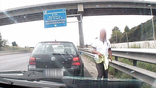 Banda que se dedicaba a robar a conductores en carretera