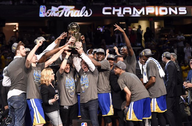 Golden State Warriors ganan el anillo de la NBA