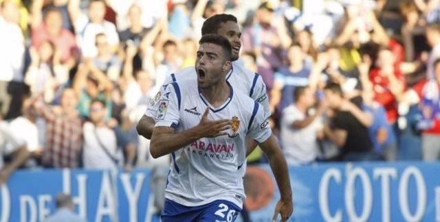 El Zaragoza vence a Las Palmas en el partido de ida del 'play-off'
