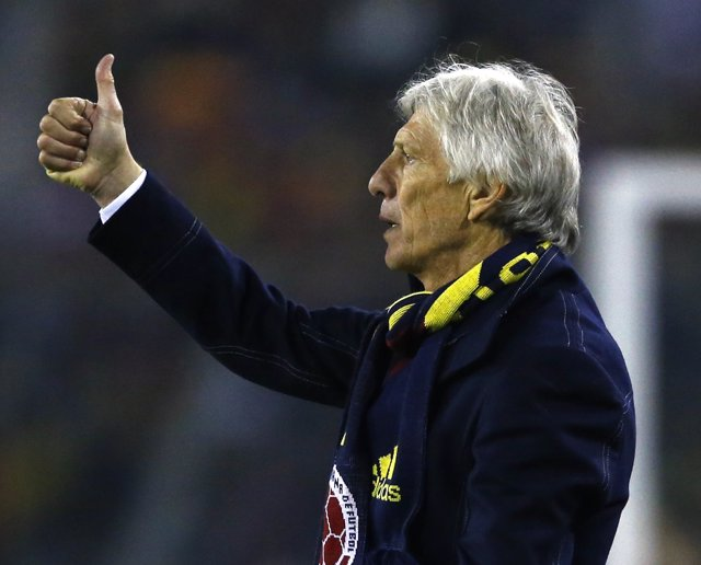 Colombia's coach Jose Pekerman gestures during his team's first round Copa Ameri