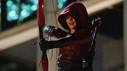 Arrow: Stephen Amell promete problemas para Thea en la 4ª temporada
