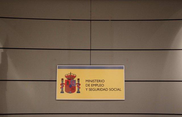 La Seguridad Social regula el sistema de partes médicos para las bajas laborales