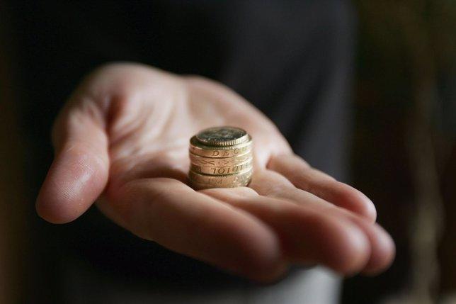 El 28% de los españoles dispone de entre 10 y 100 euros al mes para consumir