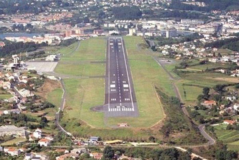 Cancelado Un Vuelo Y Desviados Otros Dos En El Aeropuerto De A Coruna