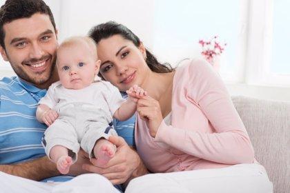 El bebé rompe los ideales de igualdad en la pareja