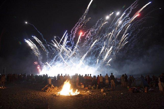 Celebración de la noche de San Juan en Almería