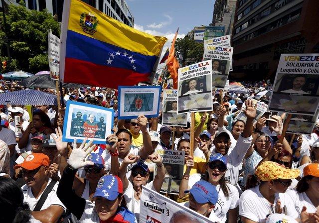 Manifestación de la oposición venezolana en Caracas