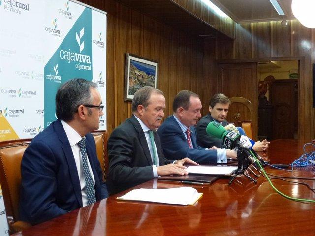 Firna del acuerdo entre Cajavica y Saeca