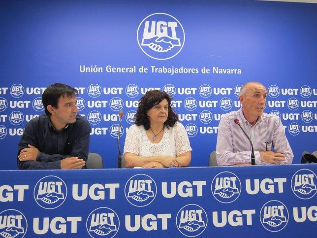 Suárez, Sampedro y Hernández en la rueda de prensa