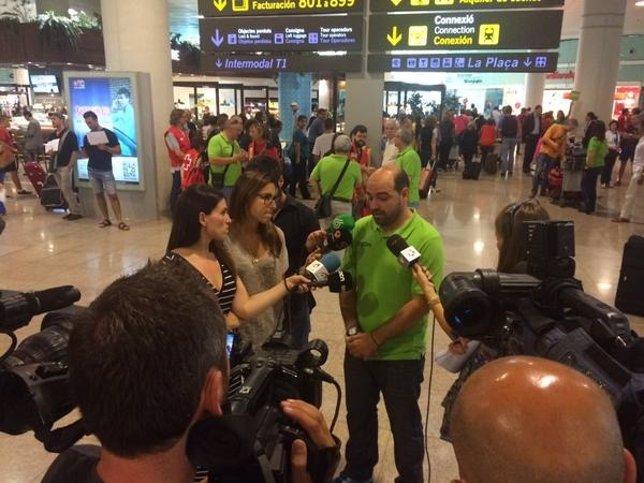 El presidente de la FEEC, Jordi Merino, en el Aeropuerto de El Prat