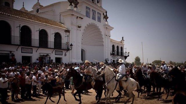 Saca de las yeguas en EL Rocío.