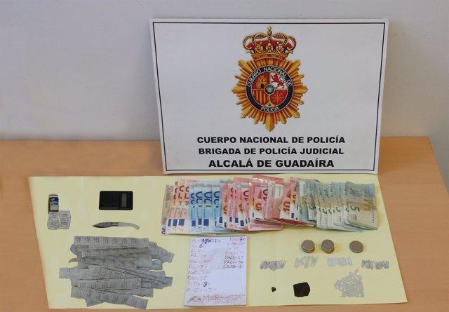 Seis detenidos por vender droga