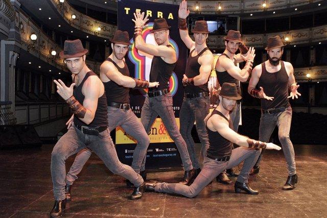 Vivancos afilan botines escenario teatro cervantes