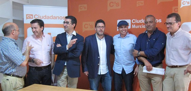 Miembros de Ciudadanos, entre ellos Miguel Sánchez, Juanjo Molina o Mario Gómez