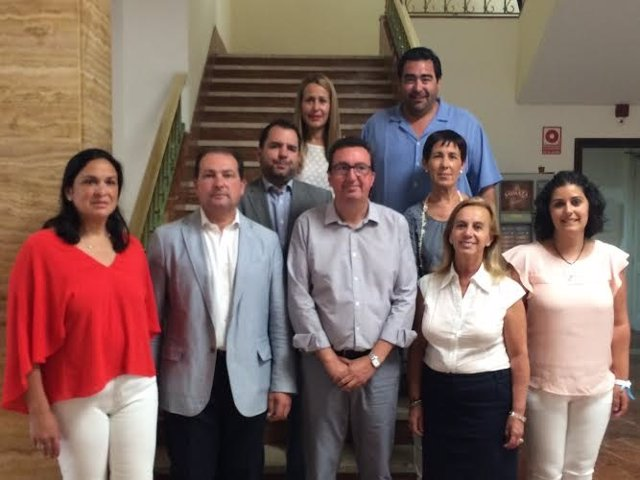 El grupo popular en la Diputación de Huelva.