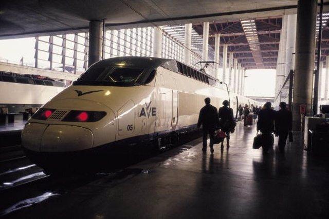 Tren AVE en España.