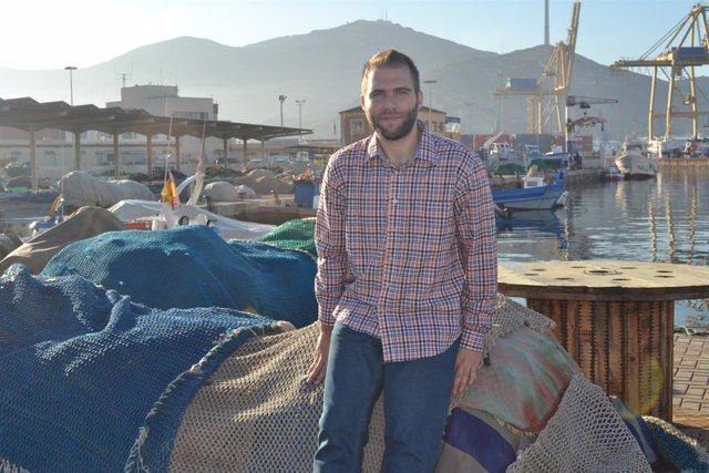 El investigador Simón Hernández Aguado en el Puerto de Cartagena