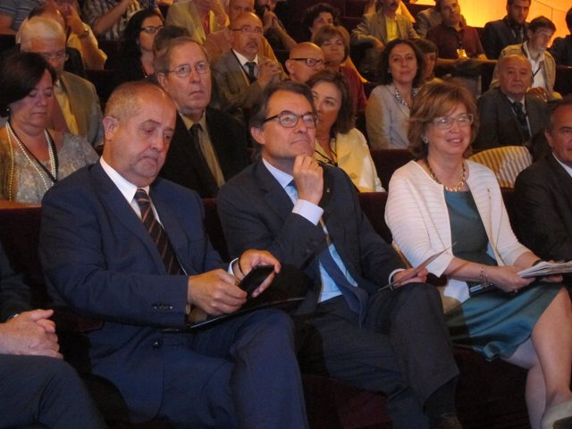 El conseller Felip Puig, el pte. Artur Mas y la consellera Irene Rigau