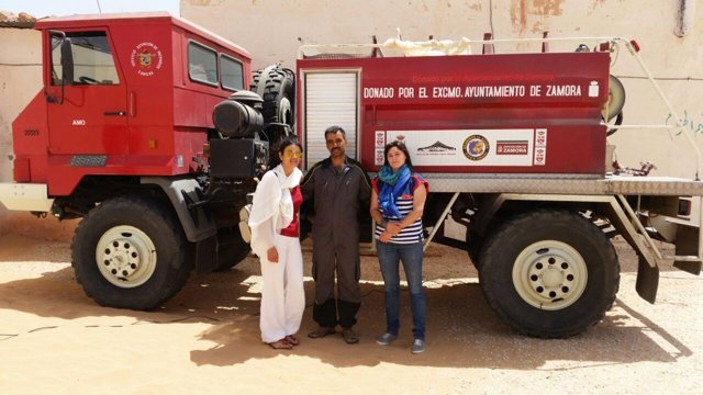 Camión de extinción entregado a la ONG Zamora con el Sáhara