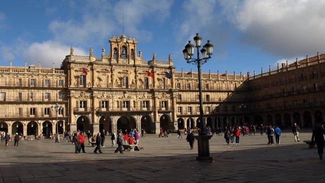 Balcón del Ayuntamiento de Salamanca en la Plaza Mayor