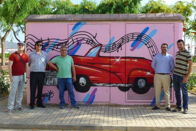 Grafitis realizados en los centros de transformación de Puçol