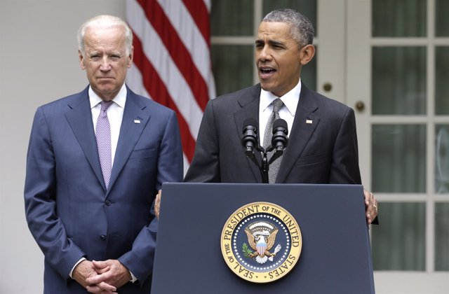 El presidente de EEUU, Barack Obama, con el vicepresidente Joe Biden