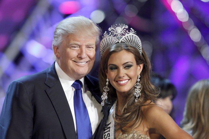 Trump amenaza con demandar a Univisión por no emitir Miss Universo