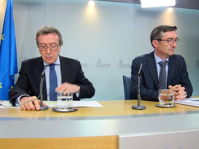 De Santiago-Juárez y José Ángel Arranz, en su comparecencia ante los medios.