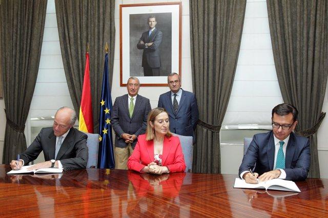 Adif y Puertos del Estado firman préstamos con el BEI