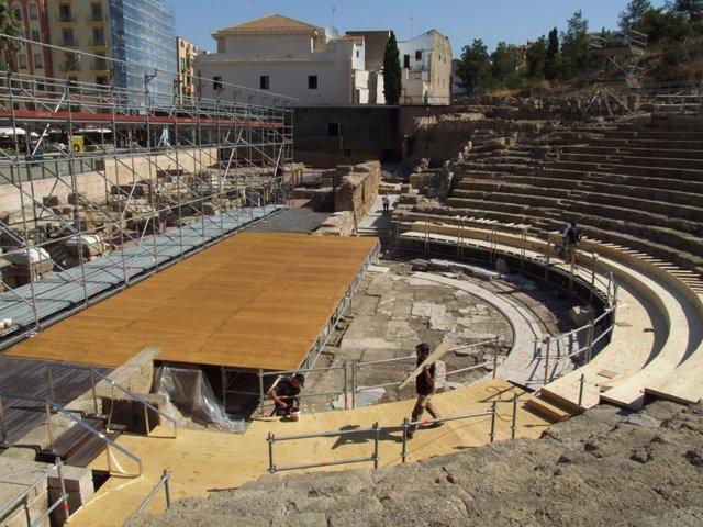 Montaje en el Teatro Romano Málaga, ciclo Teatros Romanos Andalucía