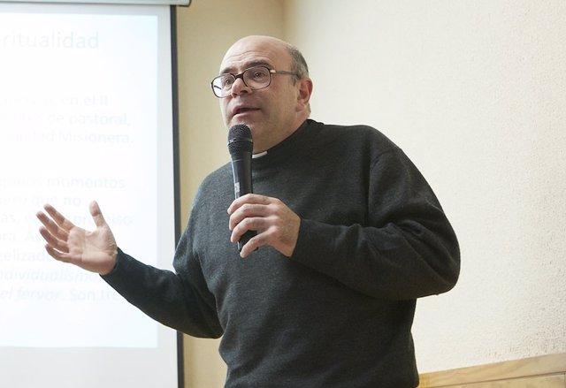 El sacerdote Arturo Javier García