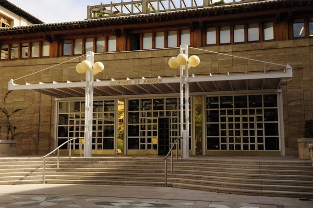 La DGA convoca 360 plazas del cuerpo de auxiliar de la Administrativo