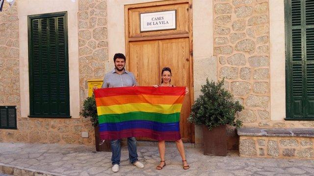 Bandera Gay en Deià