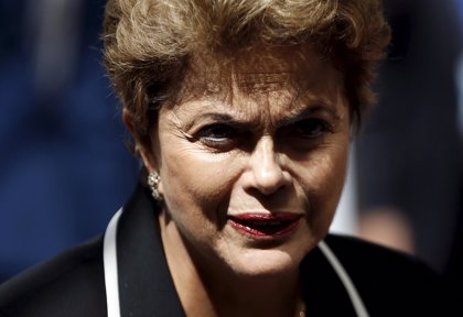 Rousseff niega irregularidades en la campaña y no consiente acusaciones