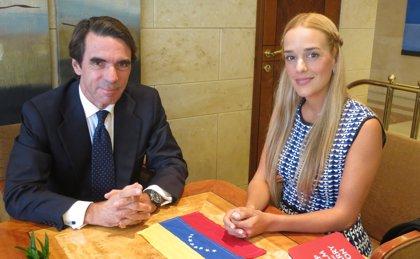 Aznar se entrevistará este miércoles con la mujer de Leopoldo López
