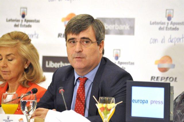 Miguel Cardenal.